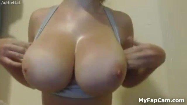La maggior parte delle buone gocce di titty 4