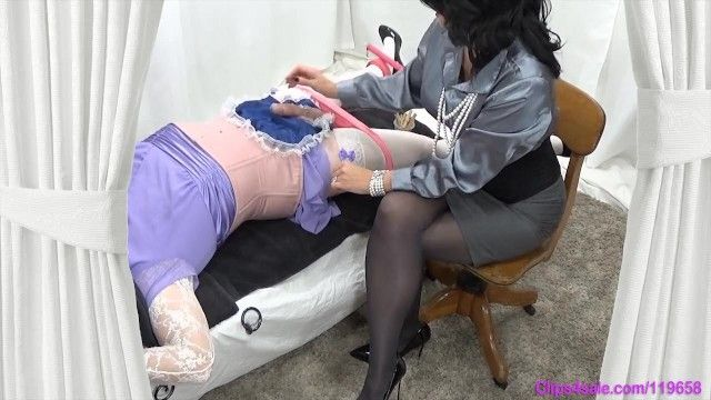 Femdom mama dominatrix-bitch milks tied sissy crossdresser