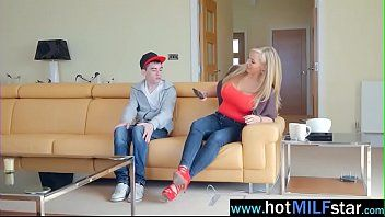 Large monster 10-pounder fill cookie of floozy milf rebecca moore mov-21